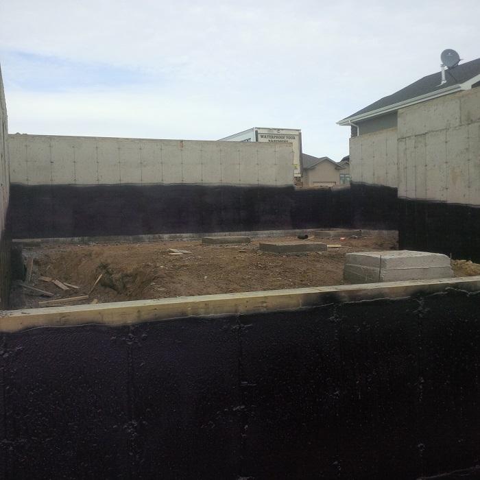 Basement Moisture New Construction: Home Builder Waterproofing